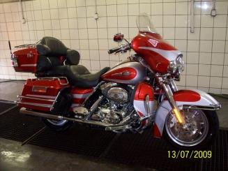 Čistíme také luxusní motocykly - Harley Davidson