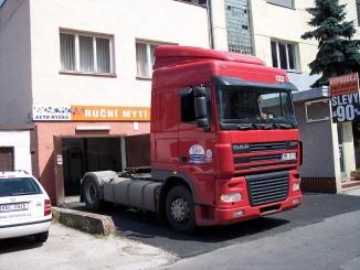 Čistíme kabiny kamionu